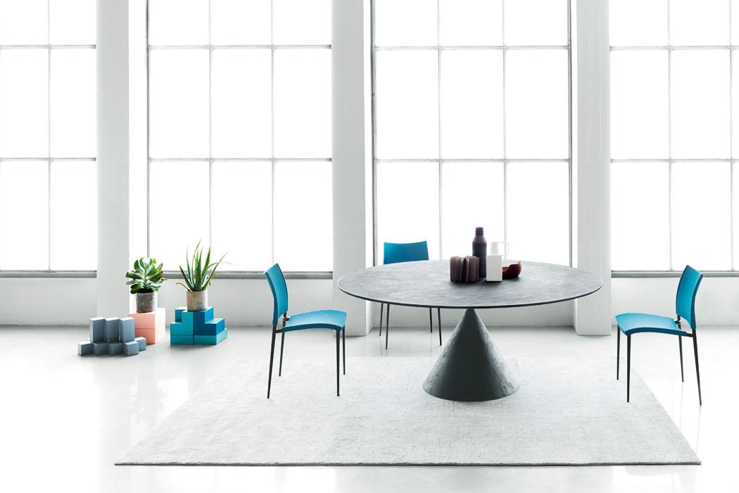 Raffinierter Finca-Tisch für Mallorca