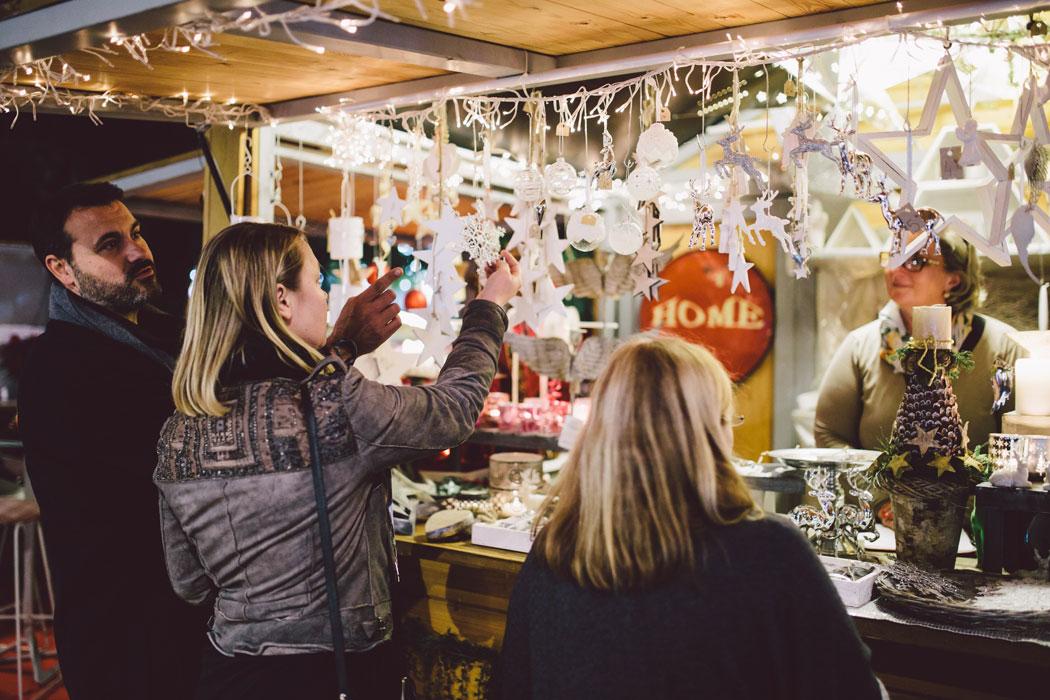 Weihnachtsmarkt in Puerto Portals auf Mallorca